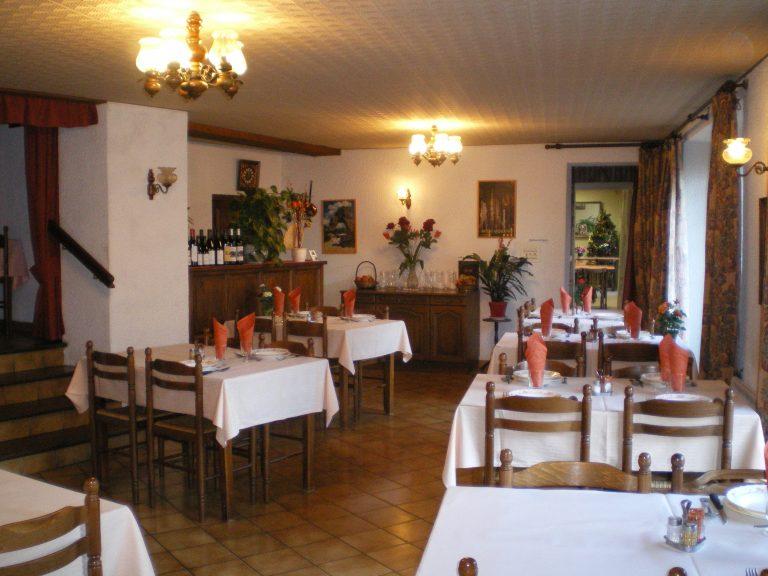 Café Restaurant ROULIES Le Cayrol